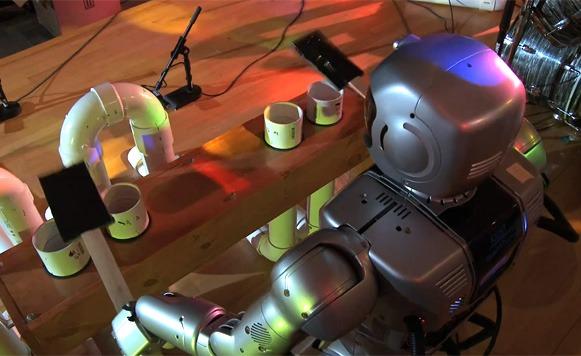 Come Together de The Beatles interpretada por robots (por Manuel Cosío)